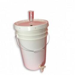Plastični fermentor